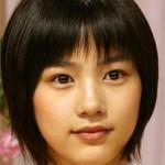 能年玲奈の髪型は丸顔で男の子っぽい?